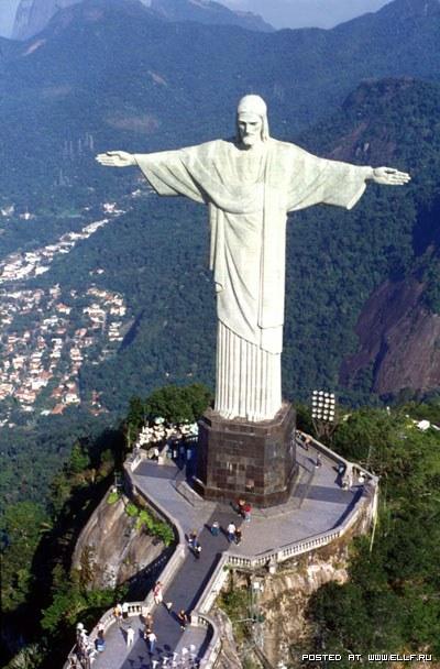 статуи Христа