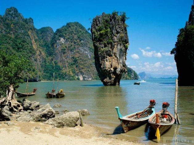 Скала Ко Тапу в Таиланде